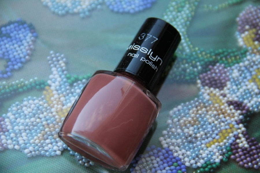 NailCare: Сказочный. Misslyn Nail Polish #377 Fabulous