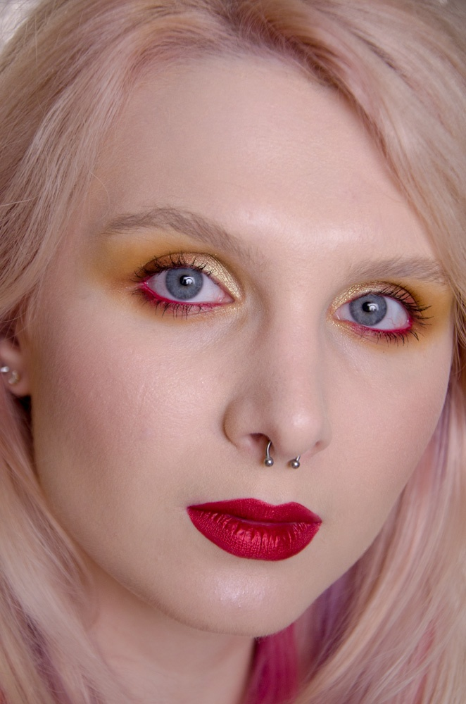 Beauty: Video makeup tutorial with Lime Crime RED HOT