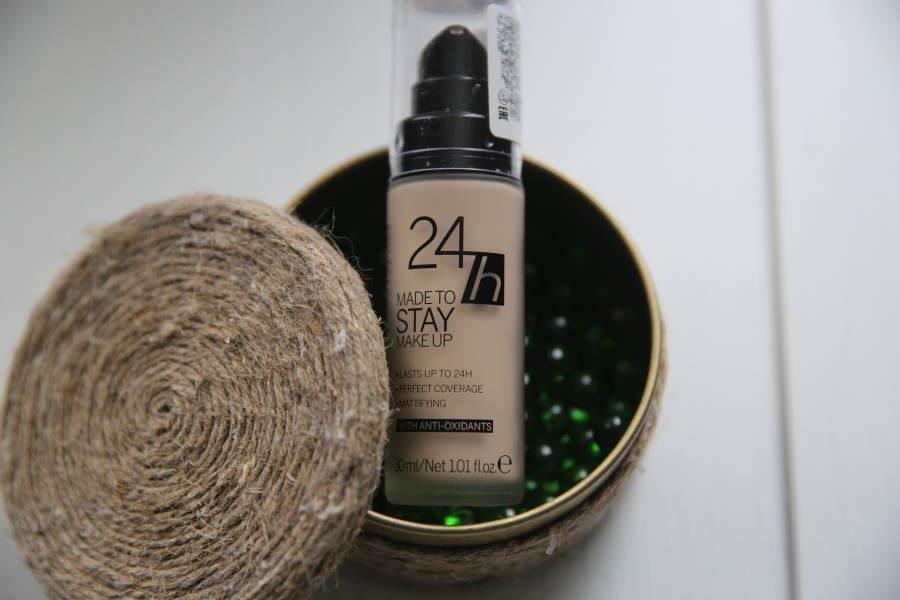 Beauty: Любовна� любовь или Catrice 24h Made to stay make up.