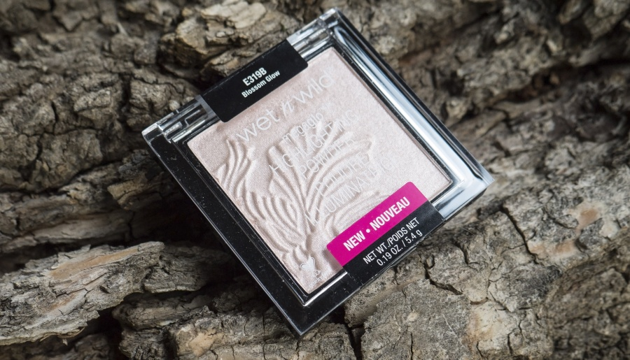 Beauty: Блог  Mandy_Lane: Wet n Wild MegaGlo Highlighting Powder в оттенке E319B Blossom glow